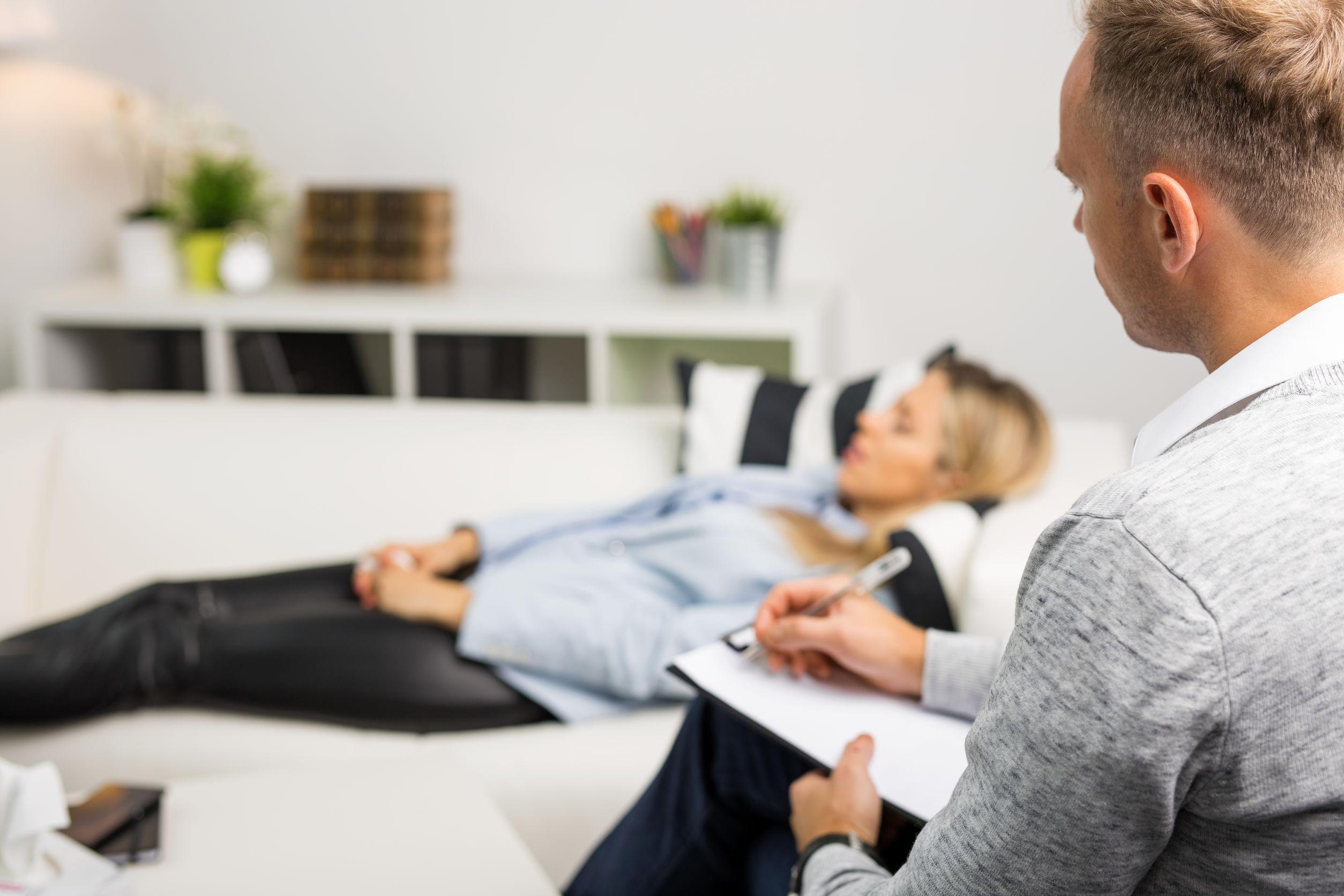 Lær master hypnose hos learnbyjan.com